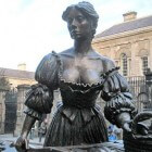 Molly Malone - viswijf van Dublin van 'Cockles and Mussels'