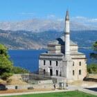 Ioannina: een stad, een meer, een eiland en een grot