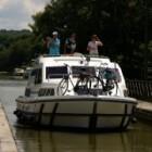 Door Frankrijk met een kanaalboot