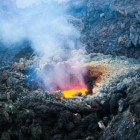 Een vulkaanuitbarsting overleven: voortekenen en wat te doen