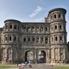 Porta Nigra: Romeinse poort in de stad Trier
