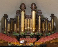 Het enorme Tabernacle in Salt Lake City / Bron: Bobjgalindo / Wikimedia Commons