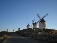 De windmolens van Consuegra / Bron: Pavlemadrid, Wikimedia Commons (CC BY-2.5)